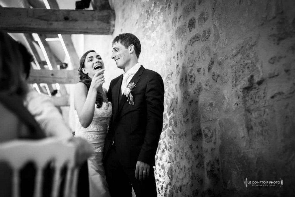 """alt=""""photographe oise Mariage_émotion-couple-Olivia_Bastien-Château-des-Saules_Ansacq_Le-Comptoir-Photo_Photographe-Beauvais_Oise"""""""