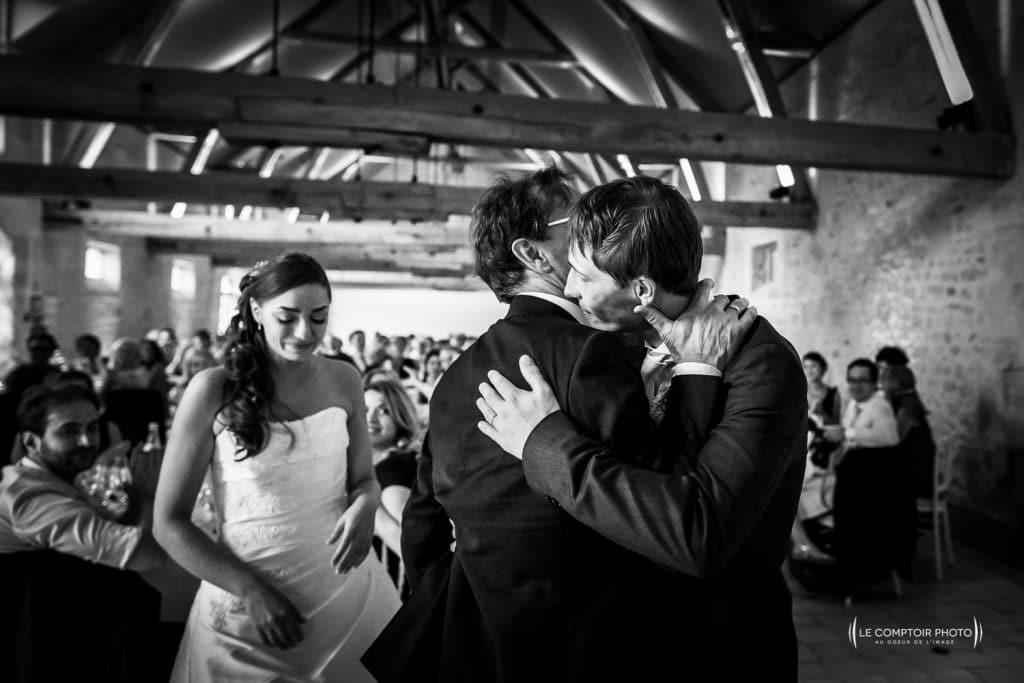 photographe Mariage oise_émotion-couple-Château-des-Saules_Ansacq_Le-Comptoir-Photo_Photographe-Beauvais_Picardie_hauts-de-france