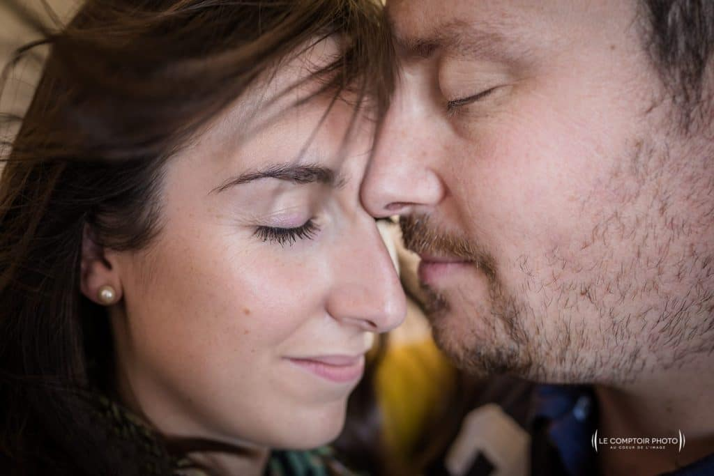 """alt=""""photographe portrait seance-couple_le-comptoir-photo-photographe beauvais oise-picardie-hauts de france"""""""