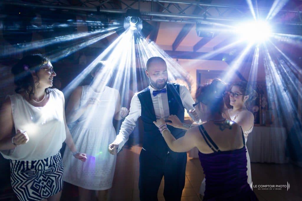 Mariage-Ferme La Biza - Missy sur aisne - lieu reception-Photographe mariage oise beauvais compiègne - Le Comptoir Photo-photo soirée dansante-émotion-rire-659