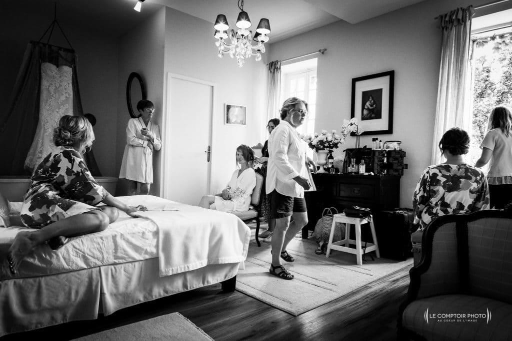 Mariage- Chateau Lardier - Ruch - Photographe mariage oise beauvais - Aquitaine - Gironde -Bordeaux - Libourne - Le Comptoir Photo-préparatifs de la mariée-filles d'honneur-émotion-naturel-rire-18