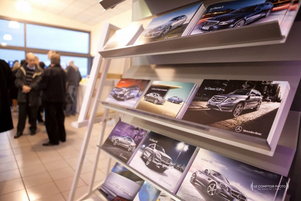 "alt=""Photographe Entreprise_Corporate_Evenement-Mercedes_inauguration-voiture_Rivery_Amiens_Somme_Le-Comptoir-Photo_Beauvais-Picardie-Hauts de France """
