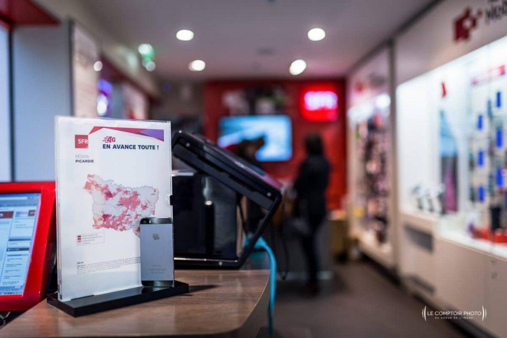 """alt= """" Entreprise_Corporate_Reportage_Boutique SFR Beauvais-Auchan_Le Comptoir Photo_Beauvais """""""