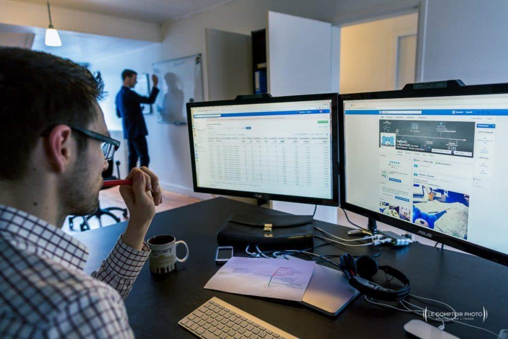 Photographe Entreprise_Corporate_Reportage-Tarif-Entreprise-Chantilly_agence site internet_Le Comptoir Photo_Beauvais