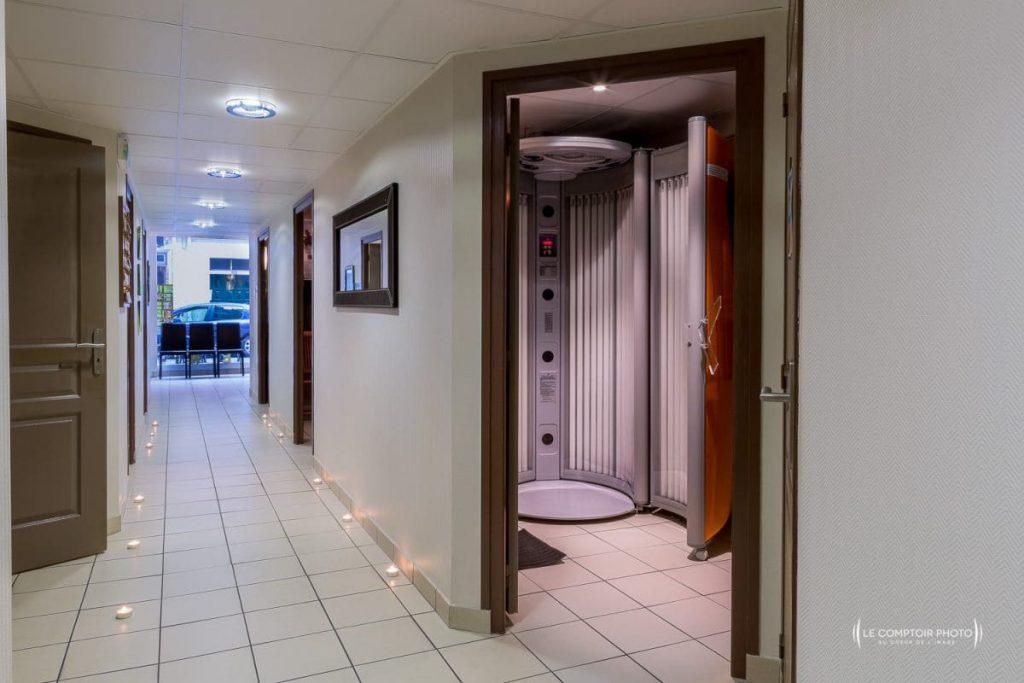 "alt= "" Entreprise_Corporate_Reportage_Zenitude_Beauvais_institut-de-beaute_machine uvLe-Comptoir-Photo_Beauvais """
