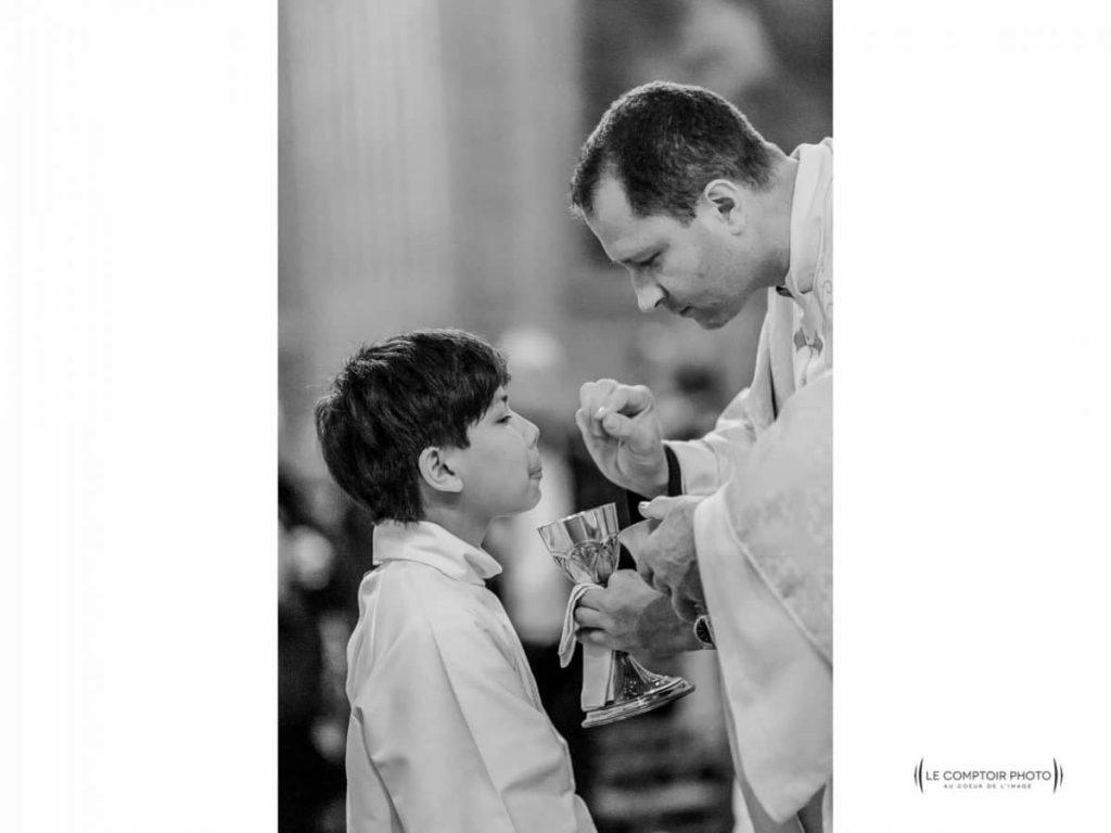 """alt= """" Evenement_profession-de-foi_communion_bapteme_Le-Comptoir-Photo_Beauvais """""""