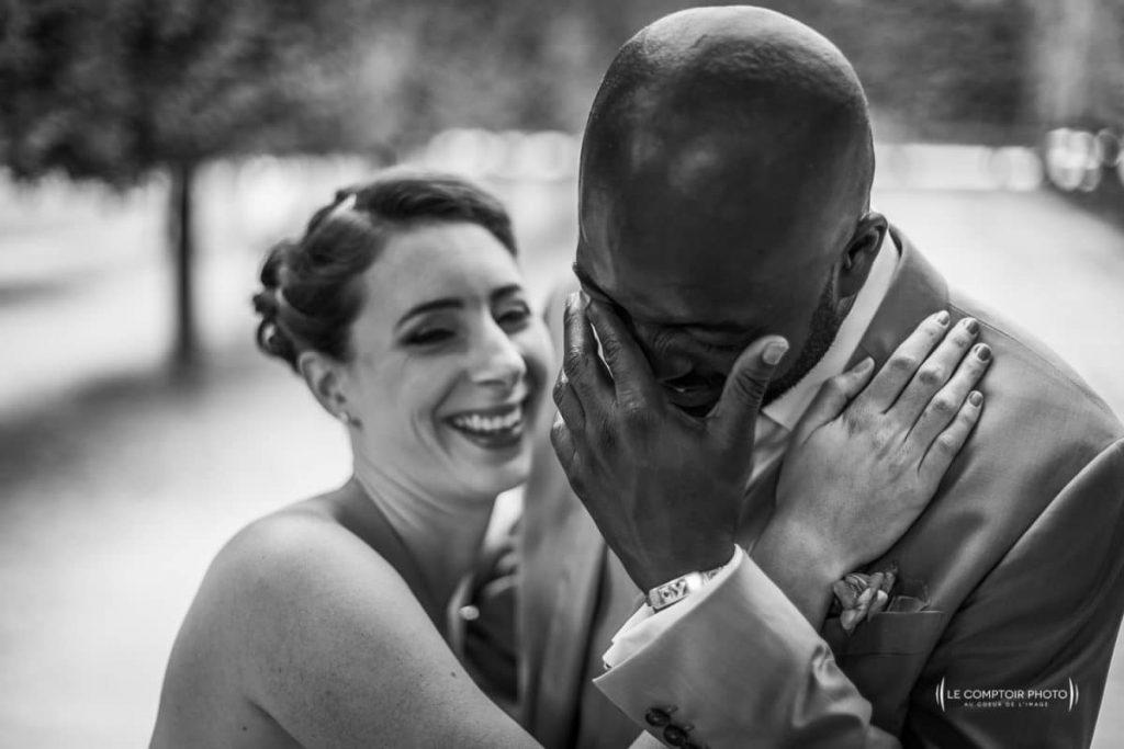alt mariage couple rire chatou_chateau saint germain en laye_le comptoir photo_beauvais - Photographe Mariage Beauvais