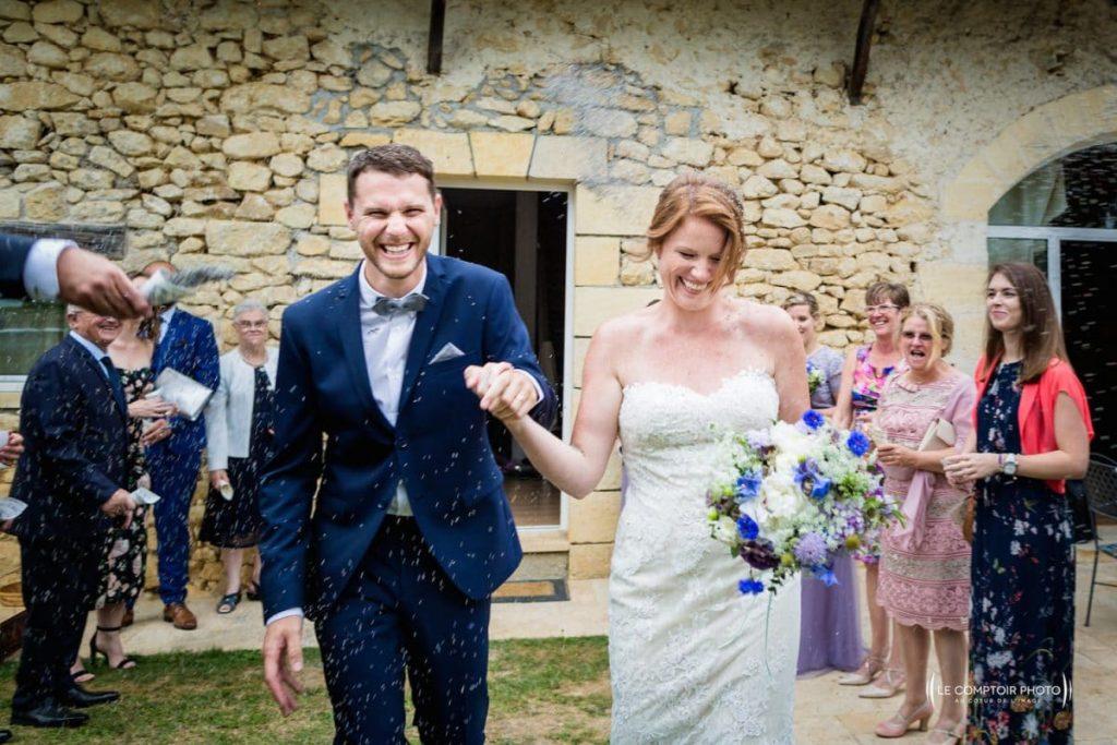 Photographe mariage oise-Beauvais-Compiègne- Mariage franco-canadien-chateau lardier - ruch- bordeaux-libourne-ruch-aquitaine-gironde-émotion-naturelle-Le Comptoir Photo-sortie des mariée
