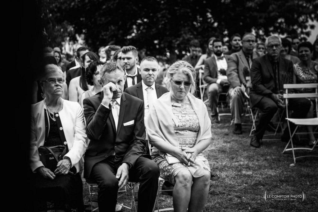 Photographe mariage oise-Beauvais-Compiègne- Mariage franco-canadien-chateau lardier - ruch- bordeaux-libourne-ruch-aquitaine-gironde-émotion-naturelle-Le Comptoir Photo-pleurs des parents