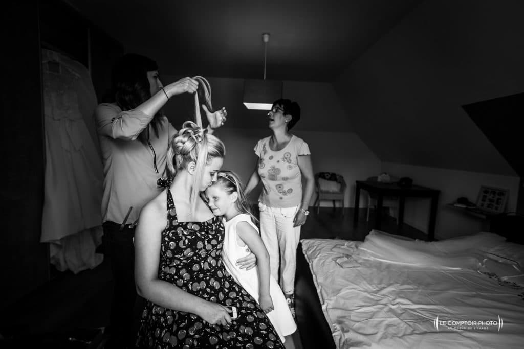 Mariage-chateau vic sur aisne- aisne-choisy au bac- compiègne-oise-photographe mariage-oise-beauvais-compiegne-émotion-naturel-Le Comptoir Photo-préparatifs de la mariée-1