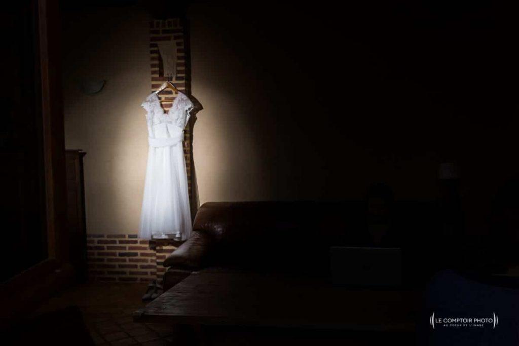Photograhe oise mariage beauvais-photographe mariage oise-_Le Comptoir Photo - robe-Photograhe oise mariage_preparatif mariée beauvais_Le Comptoir Photo
