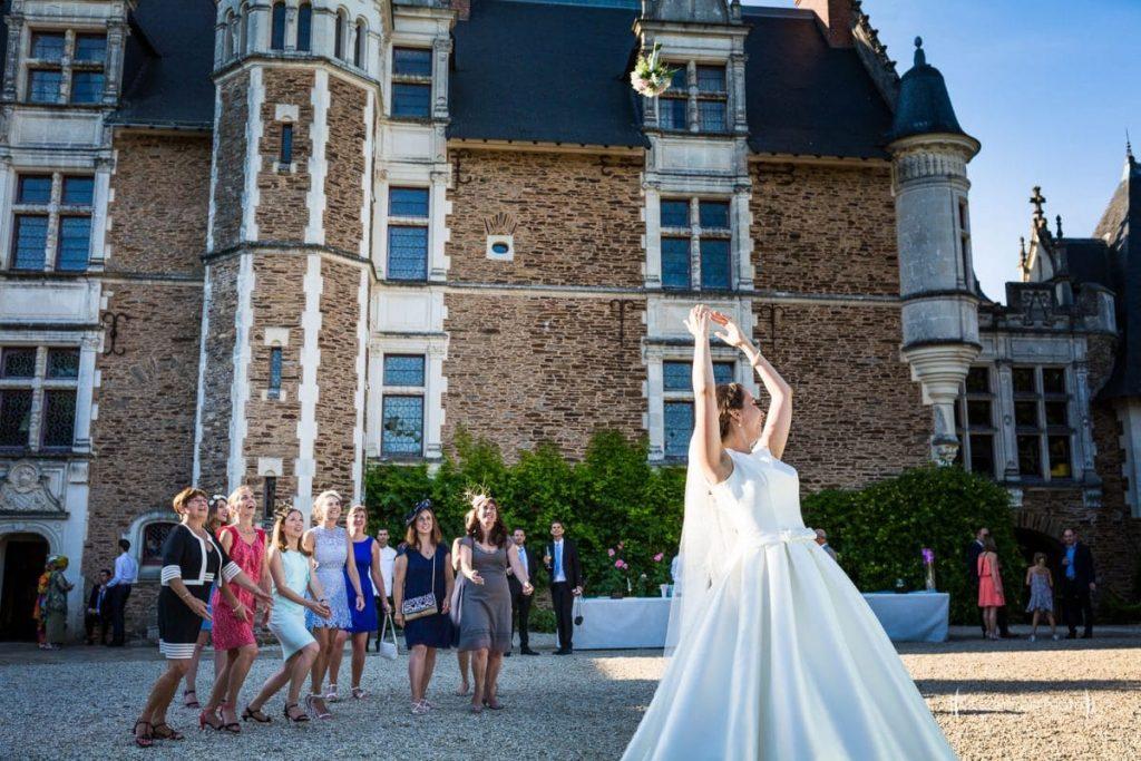 tarif collection photographe oise mariage lancé du bouquet de la mariée_Le Comptoir Photo-Photographe oise Picardie-Hauts de france-France