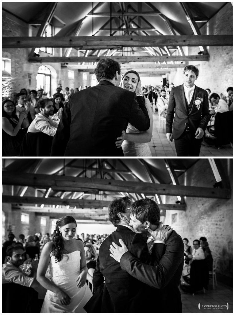 embrassade parents-enfants- belle-fille-chateau des saules_Ansacq_Le Comptoir Photo- Photographe oise mariage - photographe mariage dans l'oise