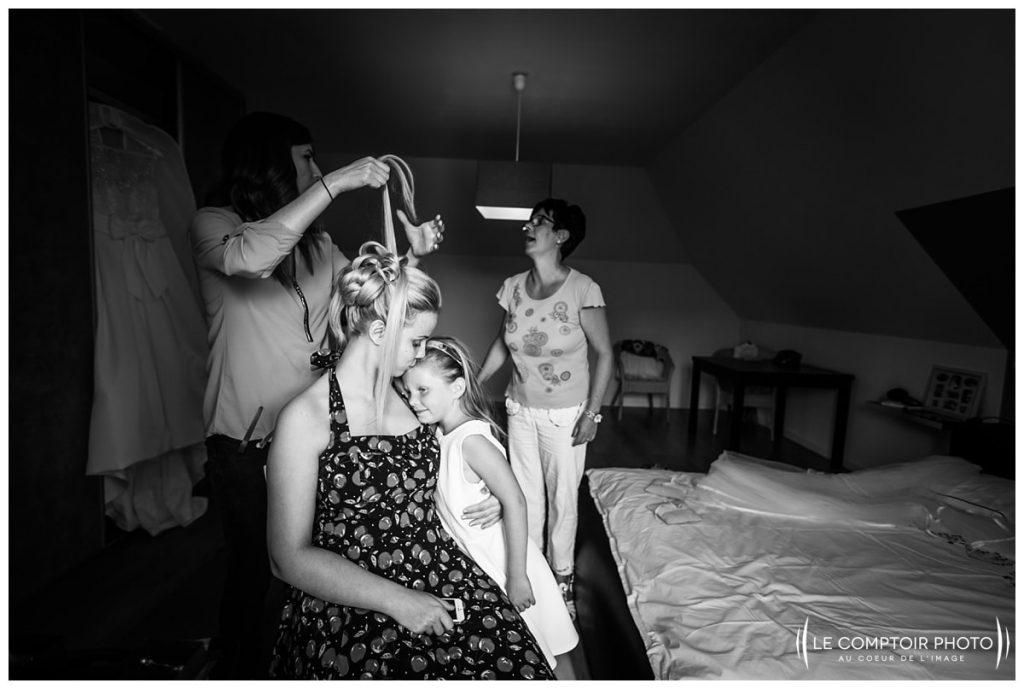 photographe mariage oise préparatifs de la mariée chez ses parents à choisy au bac proche compiegne-photographe oise- photographe mariage oise-le comptoir photo