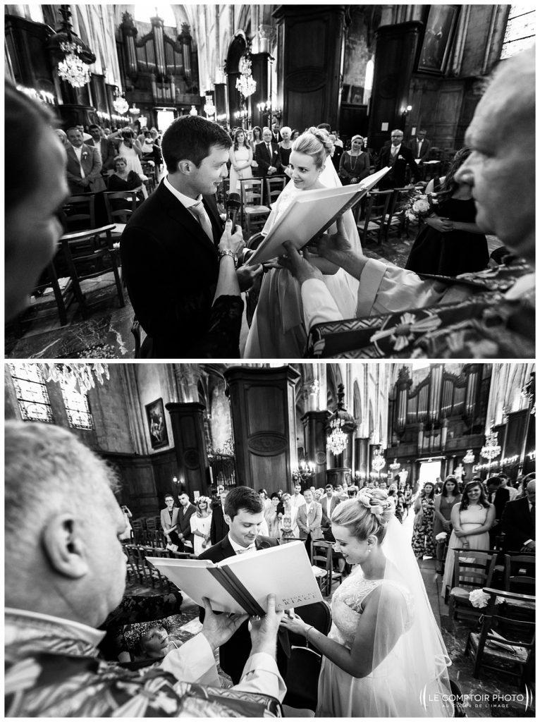 échange des consentements_mariés_invitées_église_compiègne_-Château Vic-sur-Aisne-Le Comptoir Photo-Photographe mariage oise-beauvais-Picardie-Hauts de france