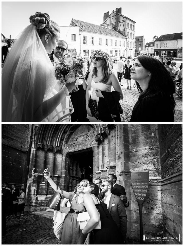 photo sur le vif_mariés_invités_église_compiègne_-Château Vic-sur-Aisne-Le Comptoir Photo-Photographe mariage oise-beauvais-Picardie-Hauts de france