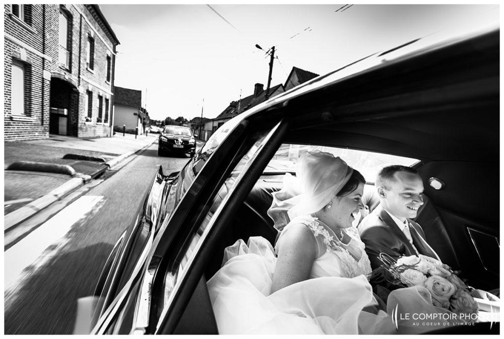 Mariage_direction église en voiture- bonnieres-Abbaye de royaumont_asnières sur oise_Le Comptoir Photo_Photographe mariage oise_Beauvais