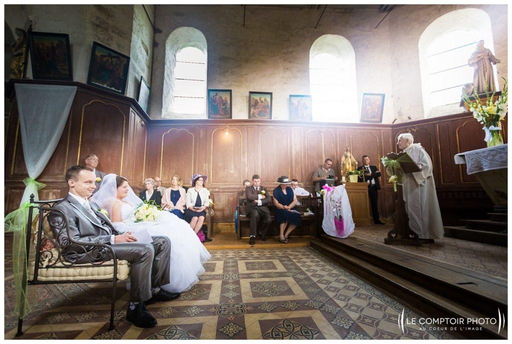 Mariage_prière pour les mariés-église-bonnieres-Abbaye de royaumont_asnières sur oise_Le Comptoir Photo_Photographe mariage oise_Beauvais