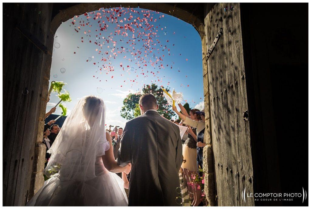 Mariage_sortie des mariés-église-bonnieres-Abbaye de royaumont_asnières sur oise_Le Comptoir Photo_Photographe mariage oise_Beauvais