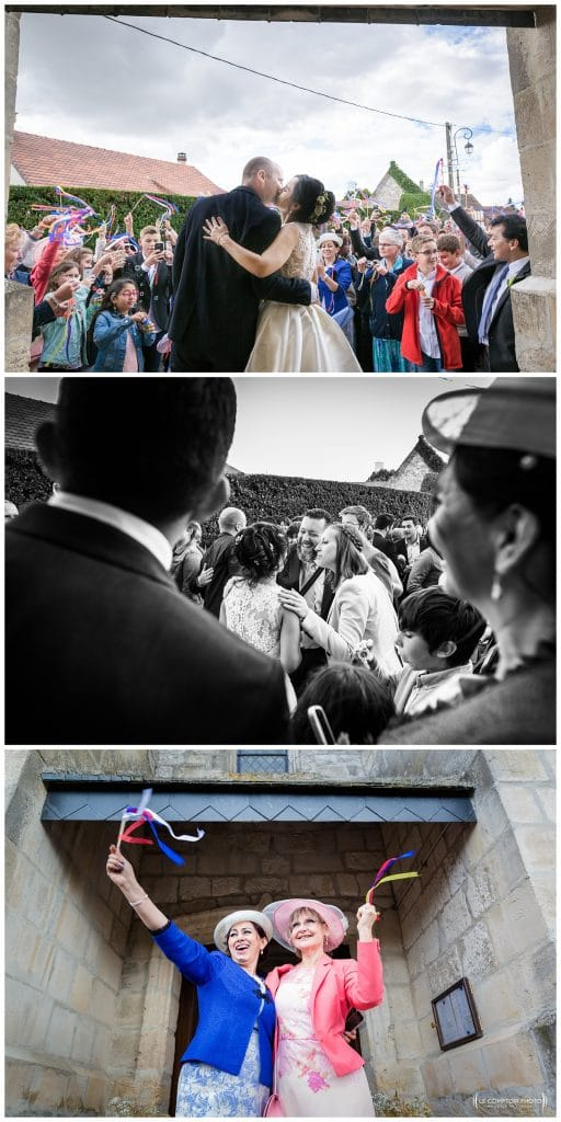 Sortie des mariés - embrassade et parvis de l'église des mamans francaise et colombienne - Mariage-Carolina-Fabien-Manoir-de-Chantilly_Gouvieux_Photographe-mariage-Oise_photographe-oise_Le-Comptoir-Photo
