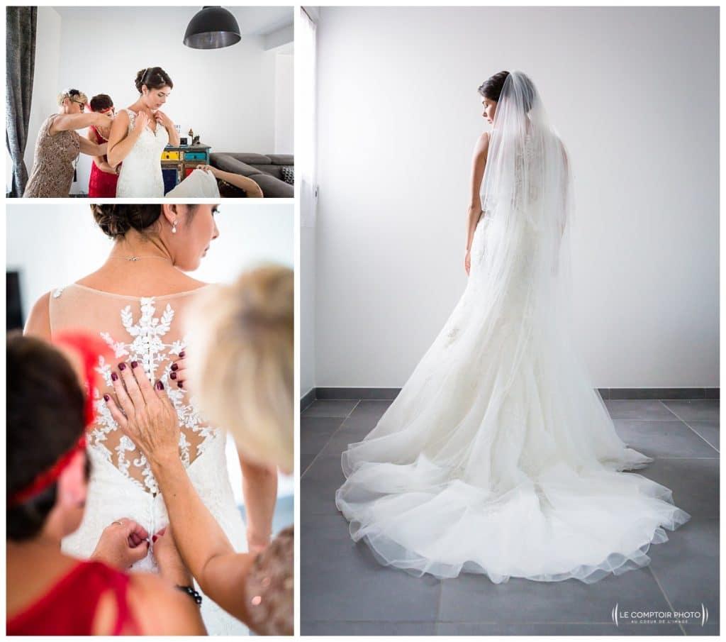 Reportage photo mariage à la Grange des Mollières dans les Yvelines-Photographe mariage Ile-de-France-paris-Oise-Le Comptoir Photo-robe de la mariée