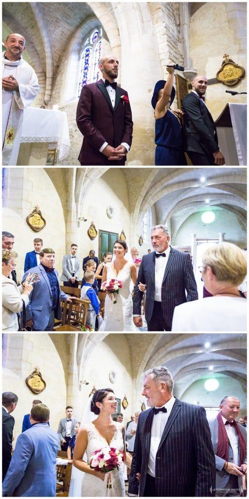 Reportage photo mariage à la Grange des Mollières dans les Yvelines-Photographe mariage Ile-de-France-paris-Oise-Le Comptoir Photo-entrée des mariés dans l'église