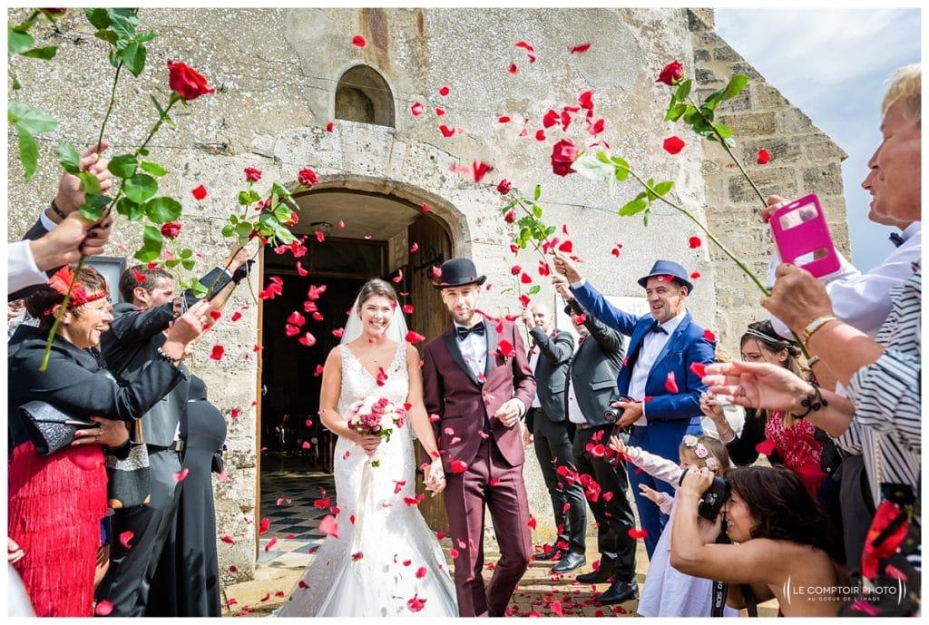 Reportage photo mariage à la Grange des Mollières dans les Yvelines-Photographe mariage Ile-de-France-paris-Oise-Le Comptoir Photo-sortie des mariés