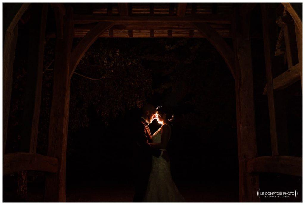 Reportage photo mariage à la Grange des Mollières dans les Yvelines-Photographe mariage Ile-de-France-paris-Oise-Le Comptoir Photo-séance couple de nuit