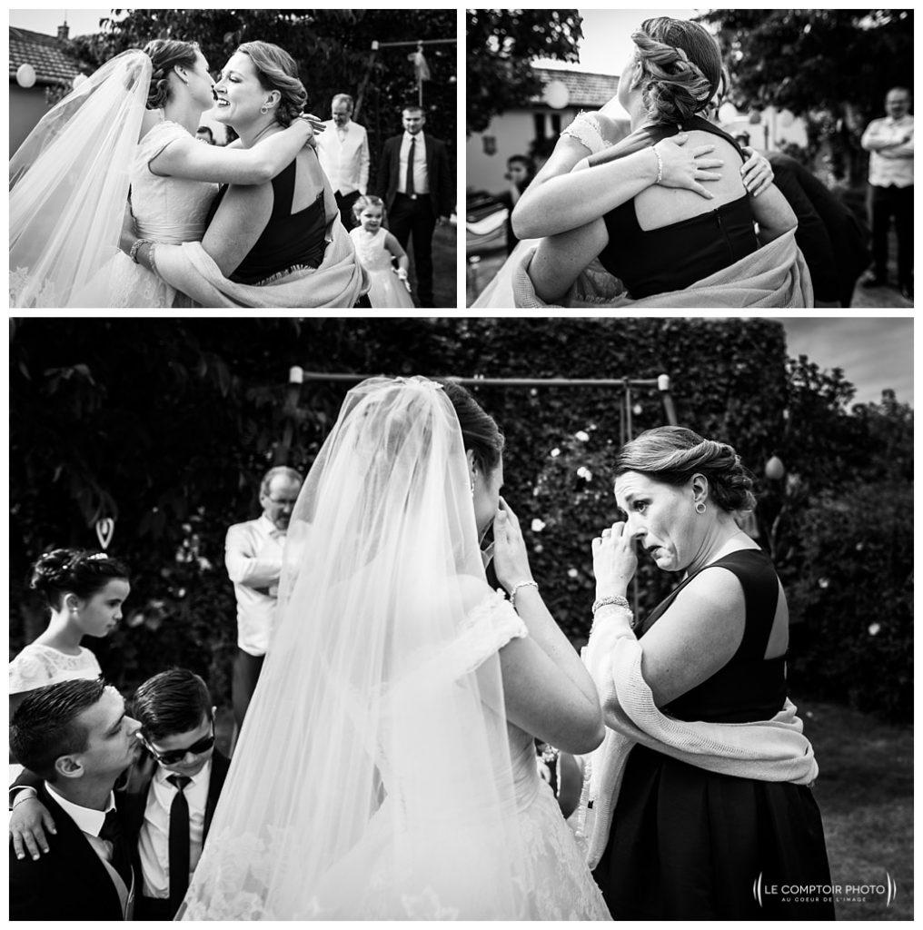 embrassade et pleurs de la mariée et de la témoin