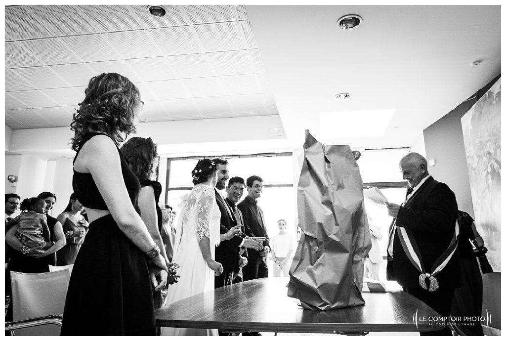 reportage mariage-chateau guilguiffin-bretagne-wedding in brittany-finistere-photographe saint brieuc côtes d'armor-le comptoir photo-rire-naturel-émotion-mairie fouesnant