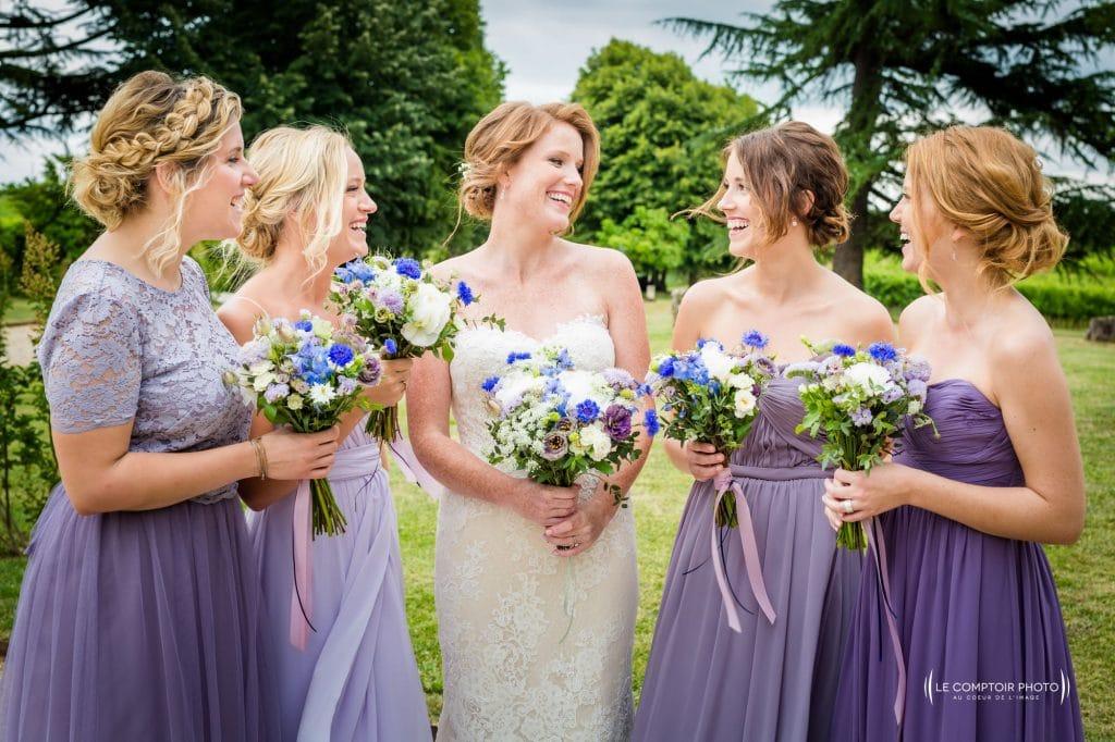 Photographe de mariage à Rennes en Ille-et-Vilaine - Bretagne - Rire entre les témoins