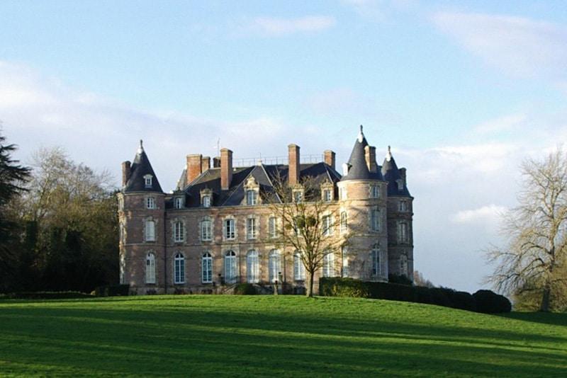 Orangerie du château de Saint Jean Kerdaniel à Saint Jean Kerdaniel dans les Côtes d'Armor en Bretagne - location salle et lieu de réception de mariage